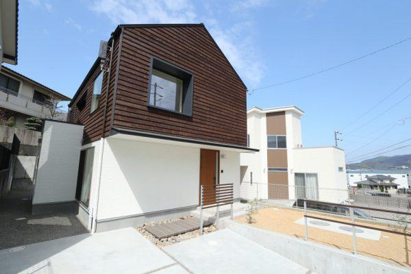 現実に建っている家を見て感無量です!